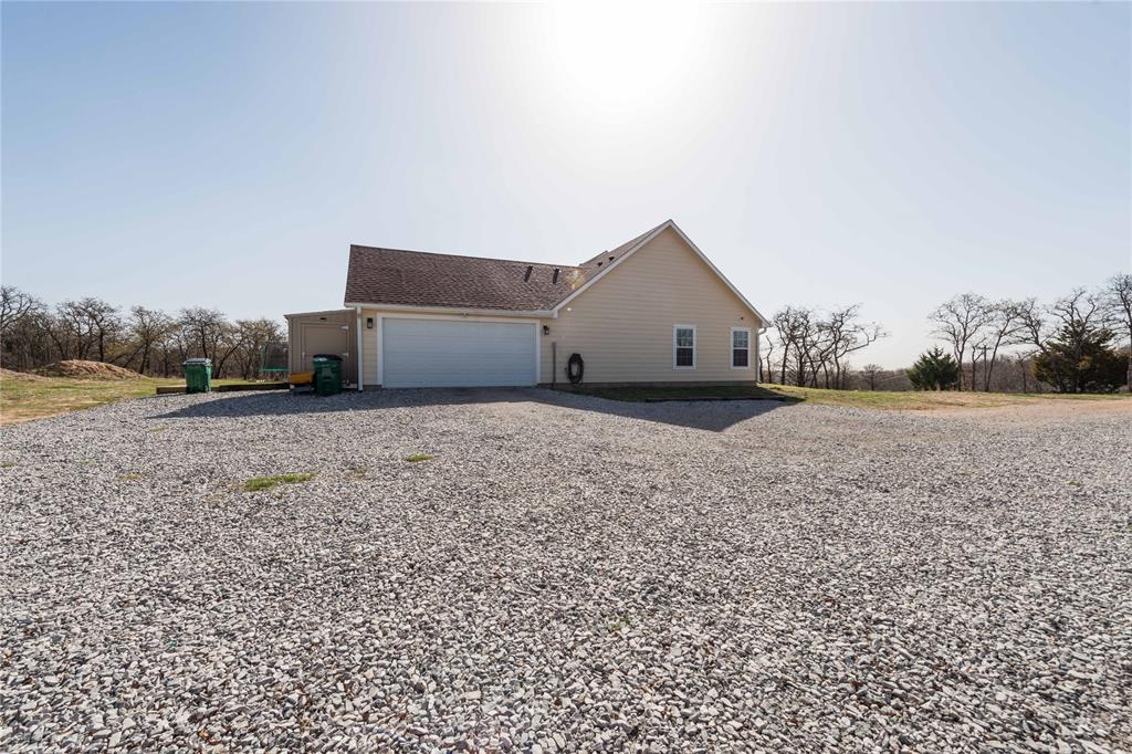 273 Mountain Pass  Drive, Bowie, Texas 76230 - acquisto real estate agent of the year mike shepherd