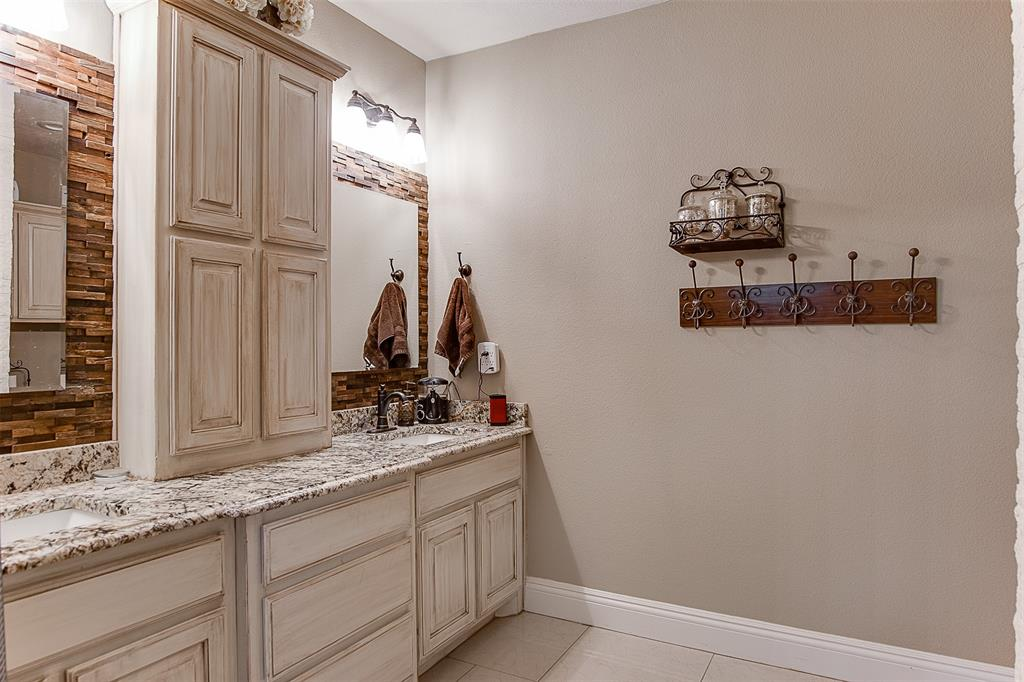 4985 Oak Grove Rendon  Road, Burleson, Texas 76028 - acquisto real estate best investor home specialist mike shepherd relocation expert