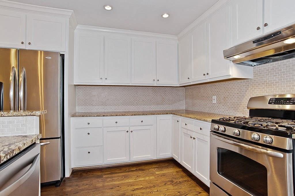 2360 Peavy  Place, Dallas, Texas 75228 - acquisto real estate best prosper realtor susan cancemi windfarms realtor