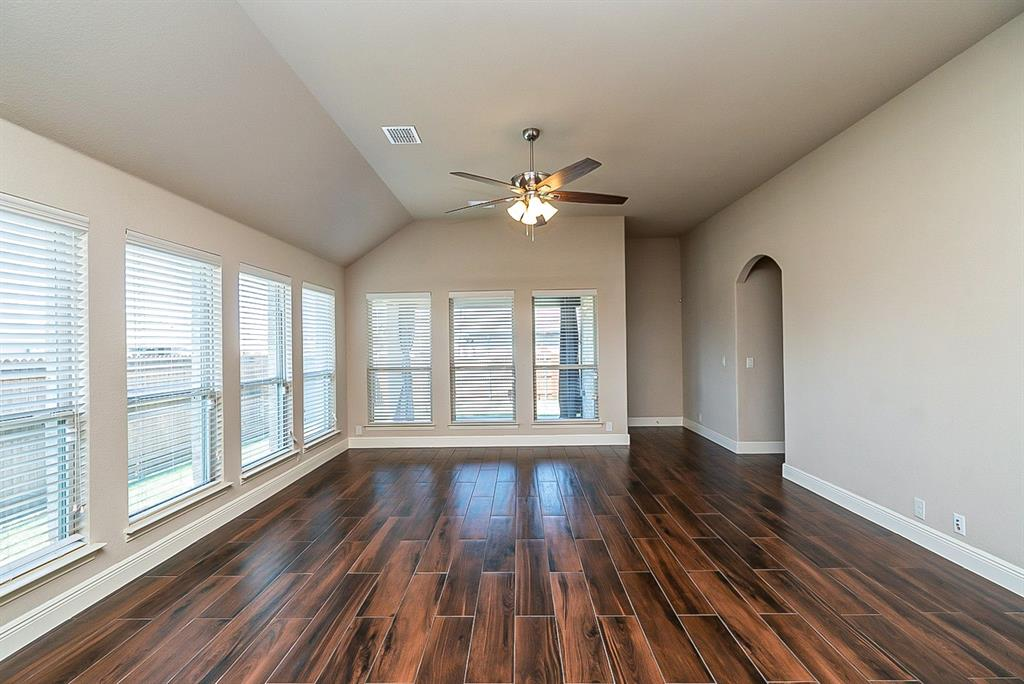533 Lily  Street, Crowley, Texas 76036 - acquisto real estate best luxury buyers agent in texas shana acquisto inheritance realtor
