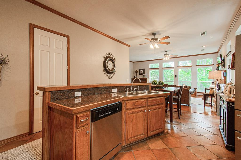 363 Preakness  Place, Van Alstyne, Texas 75495 - acquisto real estate best style realtor kim miller best real estate reviews dfw