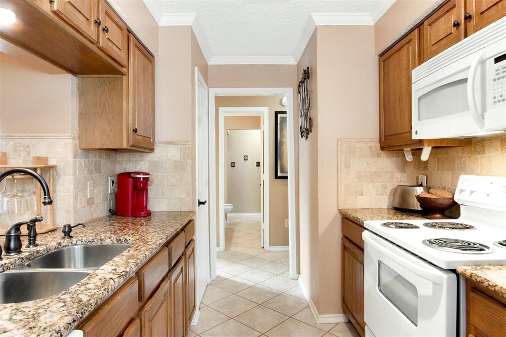 925 Cedarland  Boulevard, Arlington, Texas 76011 - acquisto real estate best luxury buyers agent in texas shana acquisto inheritance realtor