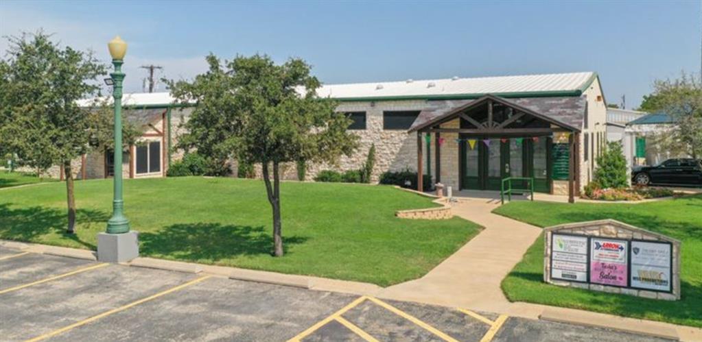 5101 University  Drive, Denton, Texas 76208 - Acquisto Real Estate best plano realtor mike Shepherd home owners association expert