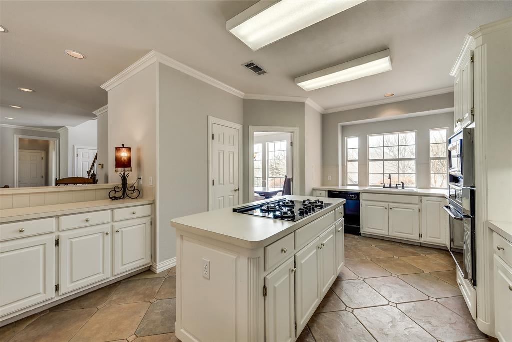 3103 Alps  Court, Arlington, Texas 76012 - acquisto real estate best luxury buyers agent in texas shana acquisto inheritance realtor