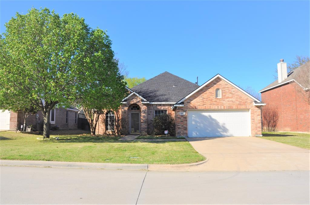 1917 Austin  Street, Mansfield, Texas 76063 - Acquisto Real Estate best plano realtor mike Shepherd home owners association expert