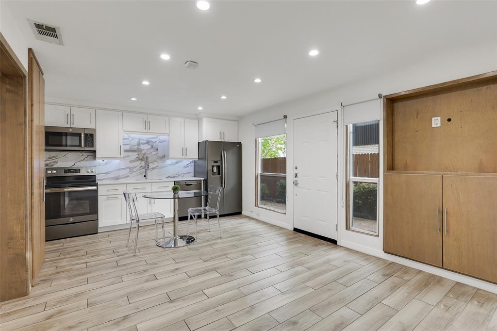 4130 Newton  Avenue, Dallas, Texas 75219 - acquisto real estate best real estate company to work for