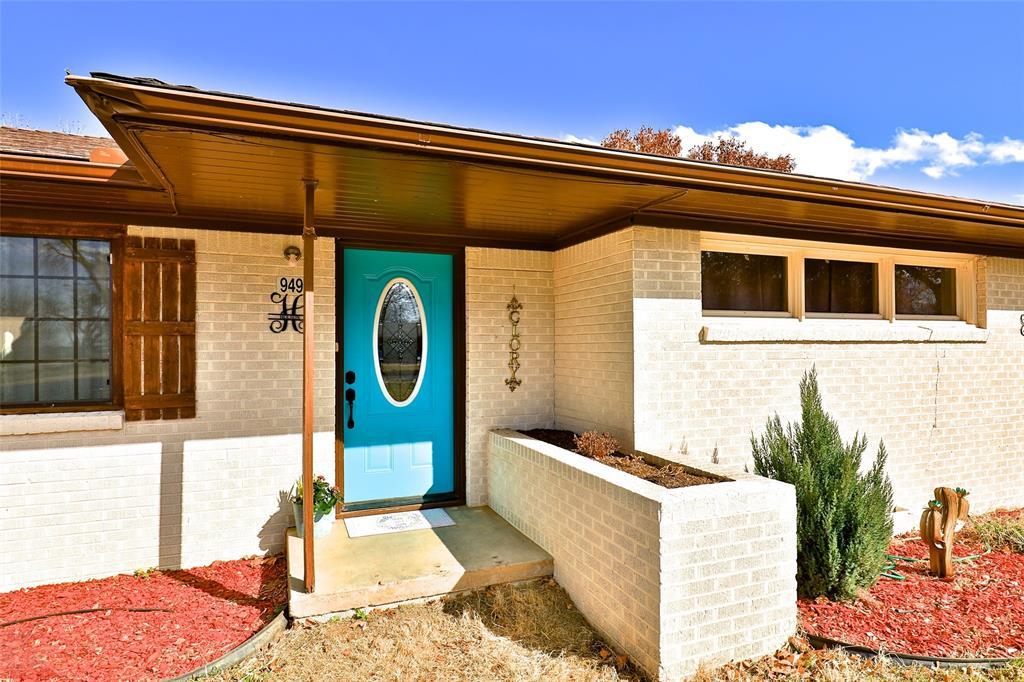 949 Pate  Street, Albany, Texas 76430 - Acquisto Real Estate best frisco realtor Amy Gasperini 1031 exchange expert