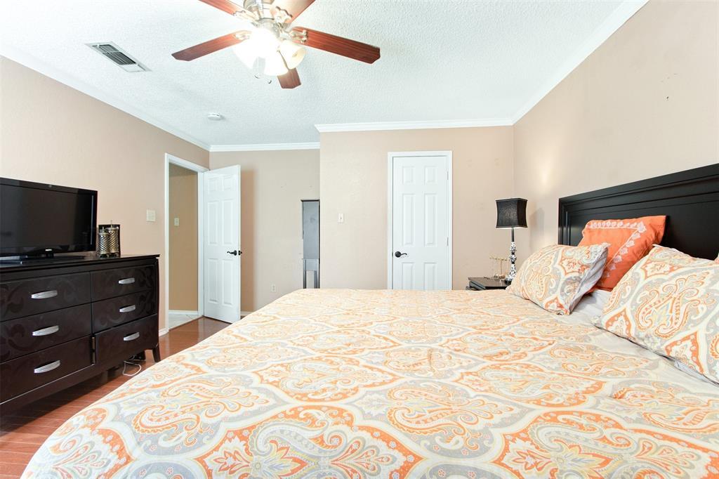 925 Cedarland  Boulevard, Arlington, Texas 76011 - acquisto real estate best designer and realtor hannah ewing kind realtor