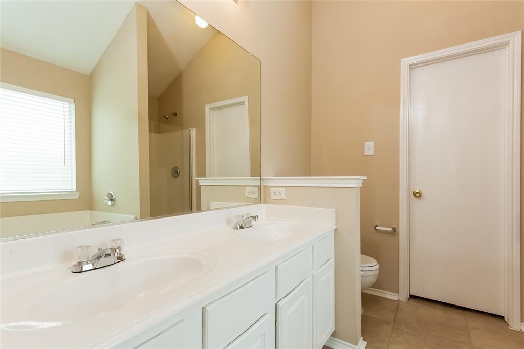 800 Sierra  Circle, Burleson, Texas 76028 - acquisto real estate best highland park realtor amy gasperini fast real estate service