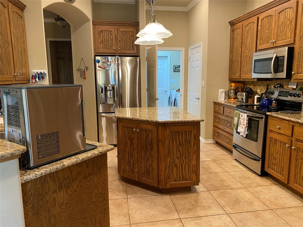 13026 Eagles Nest  Drive, Whitney, Texas 76692 - acquisto real estate best real estate company to work for