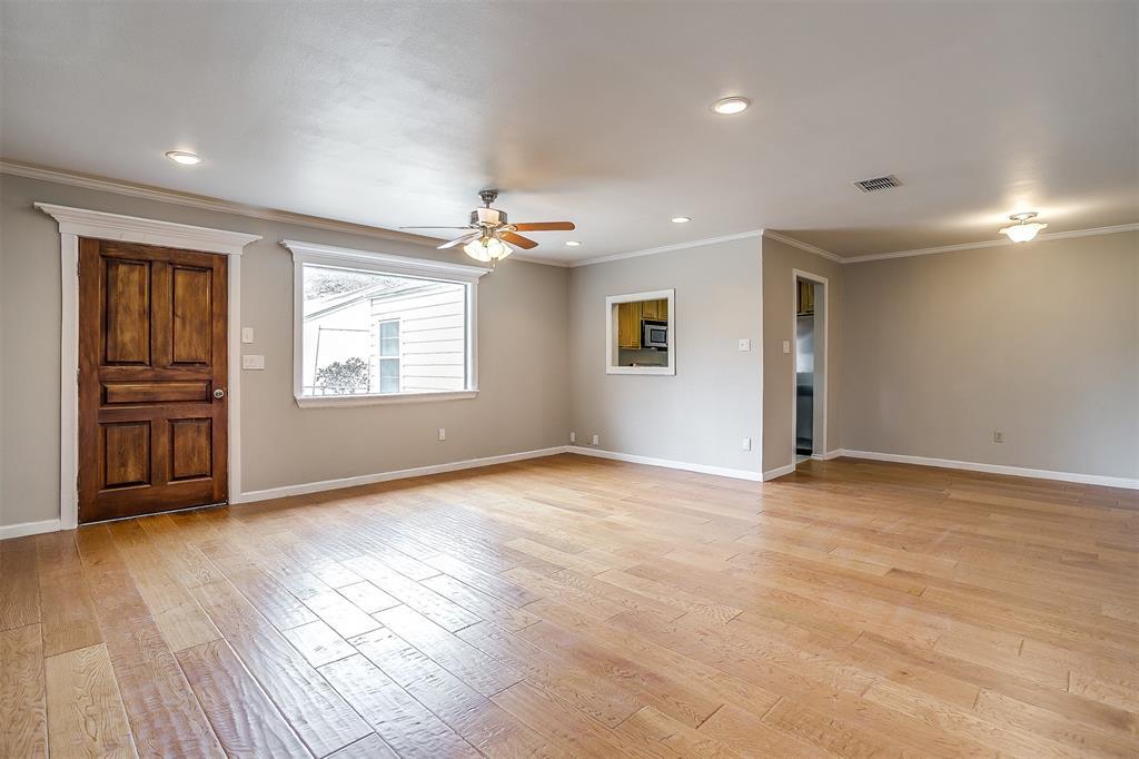 4324 Diaz  Avenue, Fort Worth, Texas 76107 - Acquisto Real Estate best frisco realtor Amy Gasperini 1031 exchange expert
