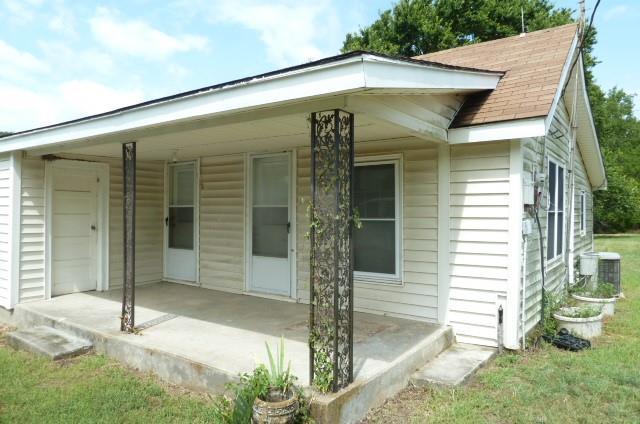 361 Uz  Road, Forestburg, Texas 76239 - Acquisto Real Estate best frisco realtor Amy Gasperini 1031 exchange expert