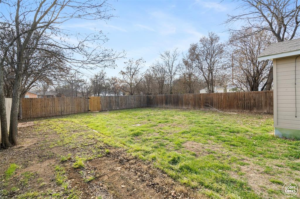 2313 1st  Street, Brownwood, Texas 76801 - acquisto real estate best realtor dfw jody daley liberty high school realtor