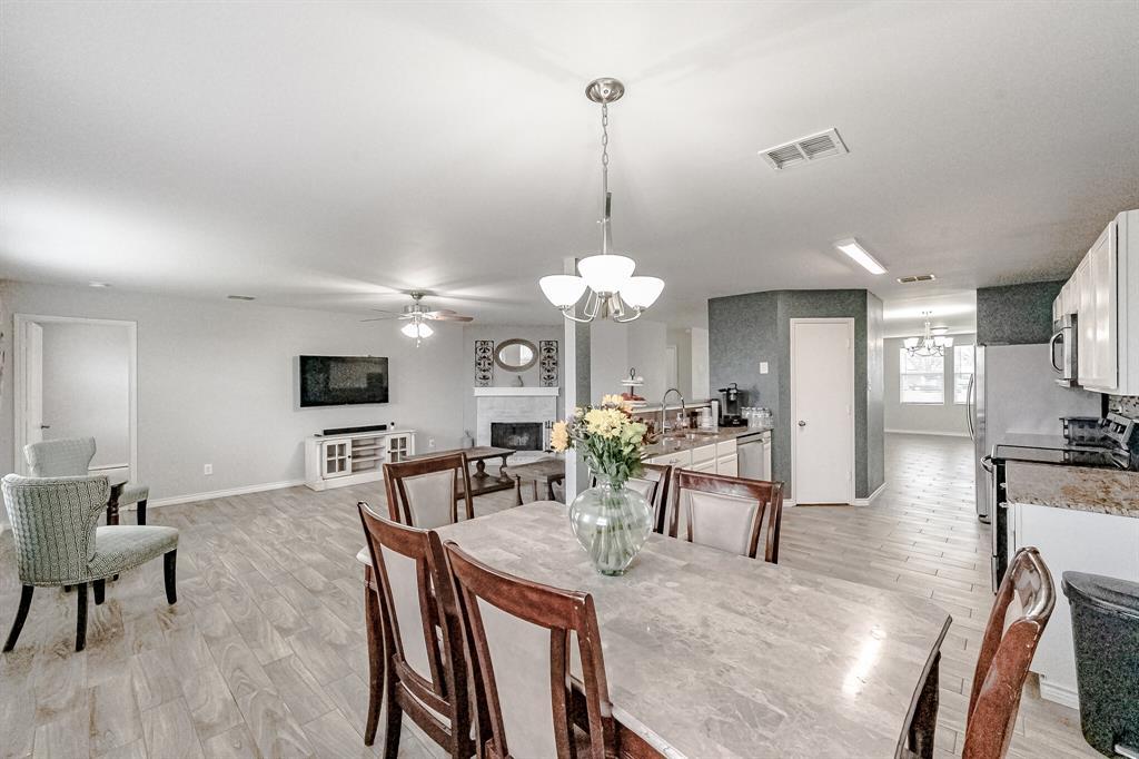 2108 Dayton  Lane, Grand Prairie, Texas 75052 - Acquisto Real Estate best frisco realtor Amy Gasperini 1031 exchange expert