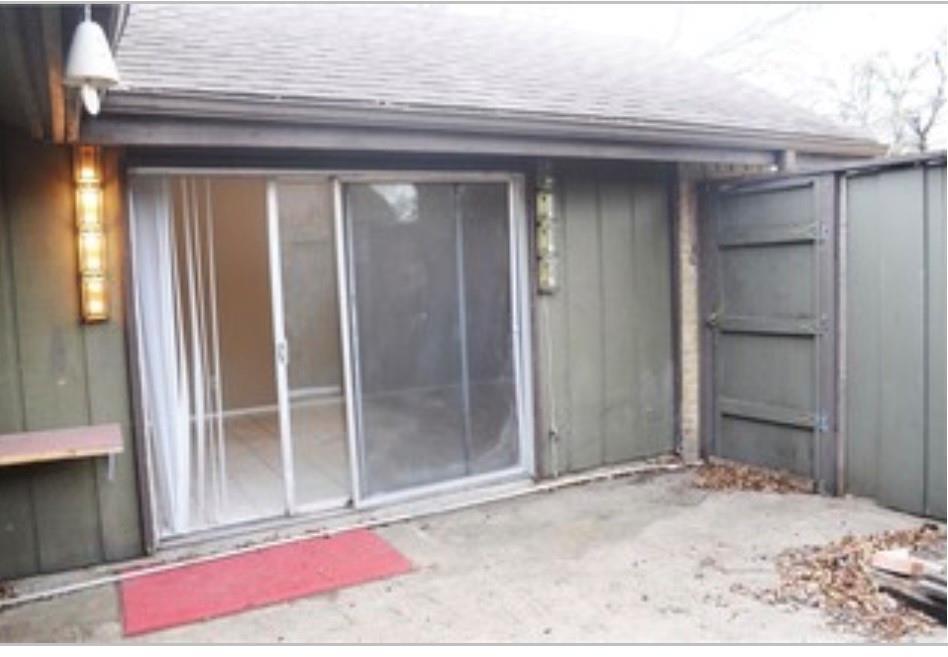 4630 Country Creek  Drive, Dallas, Texas 75236 - acquisto real estate best new home sales realtor linda miller executor real estate