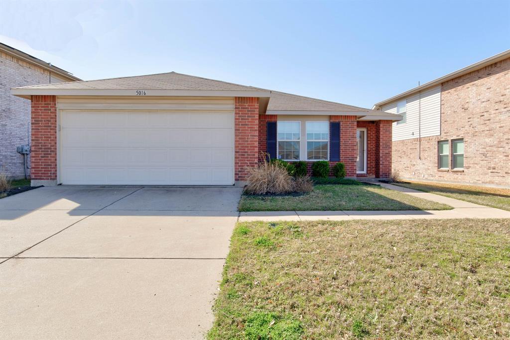 5016 River Rock  Boulevard, Fort Worth, Texas 76179 - Acquisto Real Estate best frisco realtor Amy Gasperini 1031 exchange expert