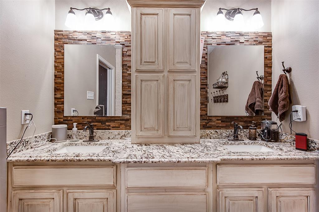 4985 Oak Grove Rendon  Road, Burleson, Texas 76028 - acquisto real estate best new home sales realtor linda miller executor real estate