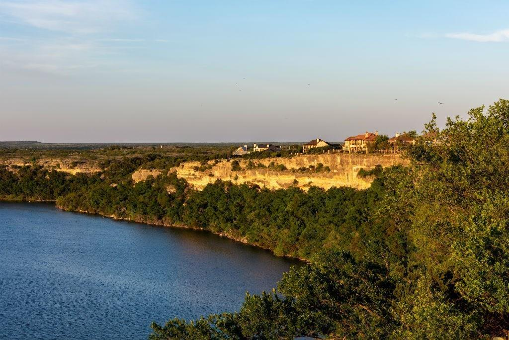 35 Bay Hill  Drive, Possum Kingdom Lake, Texas 76449 - acquisto real estate best frisco real estate agent amy gasperini panther creek realtor