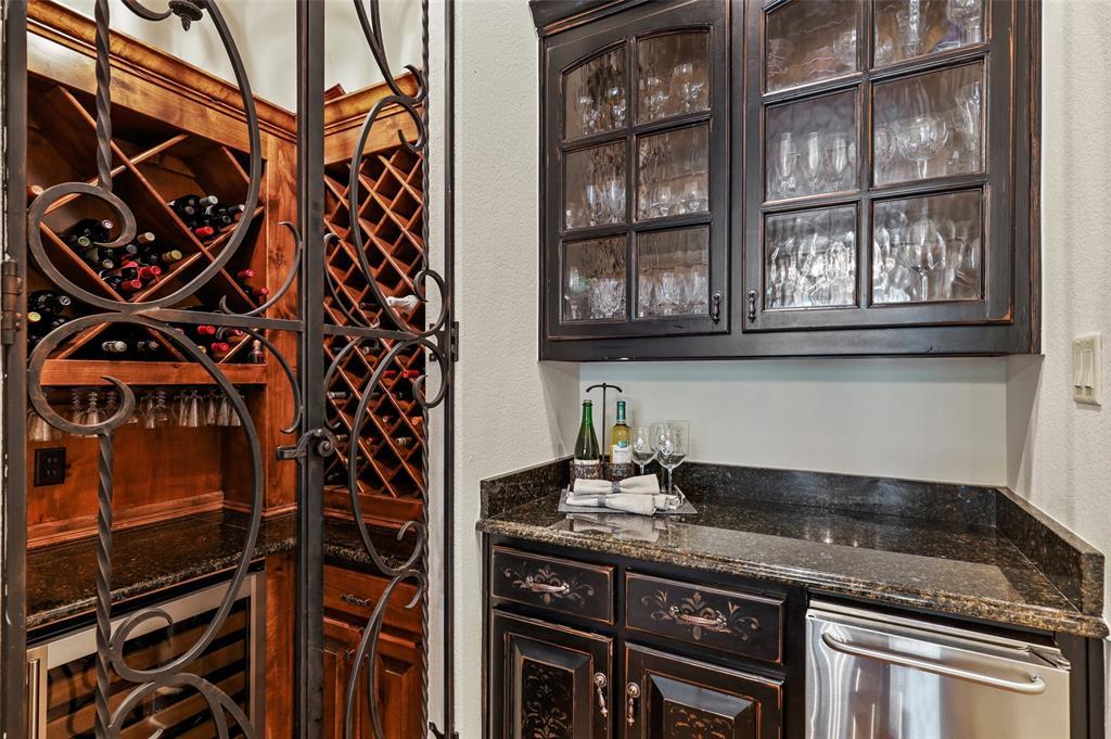 1710 Bur Oak  Drive, Southlake, Texas 76092 - acquisto real estate best style realtor kim miller best real estate reviews dfw