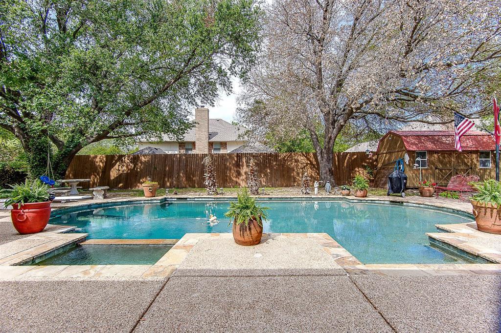 6909 Battle Creek  Road, Fort Worth, Texas 76116 - acquisto real estate mvp award real estate logan lawrence