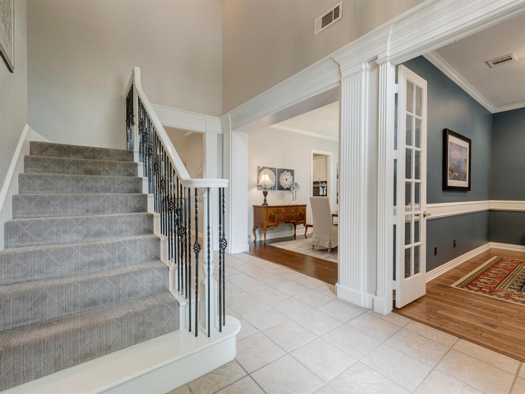 8309 Valley Oaks  Drive, North Richland Hills, Texas 76182 - acquisto real estate best celina realtor logan lawrence best dressed realtor