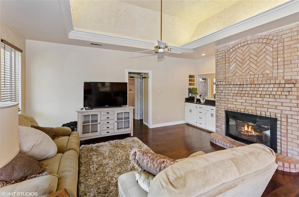 926 Holly Hills  Court, Keller, Texas 76248 - acquisto real estate best celina realtor logan lawrence best dressed realtor