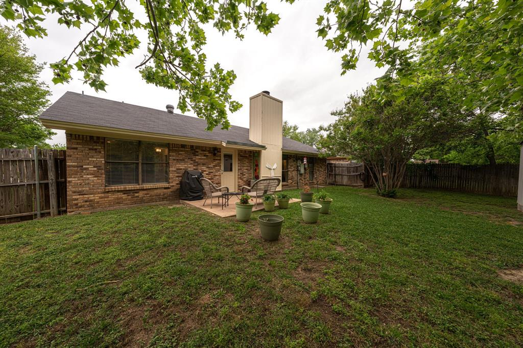 7800 Pebblebrook  Drive, Watauga, Texas 76148 - acquisto real estate best highland park realtor amy gasperini fast real estate service
