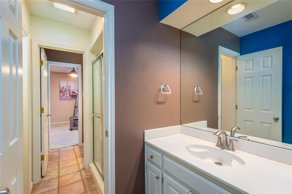 6804 Riverridge  Road, Fort Worth, Texas 76116 - acquisto real estate best realtor dallas texas linda miller agent for cultural buyers