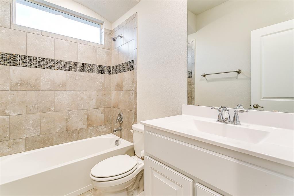 568 Pendennis  Drive, Saginaw, Texas 76131 - acquisto real estate best listing photos hannah ewing mckinney real estate expert