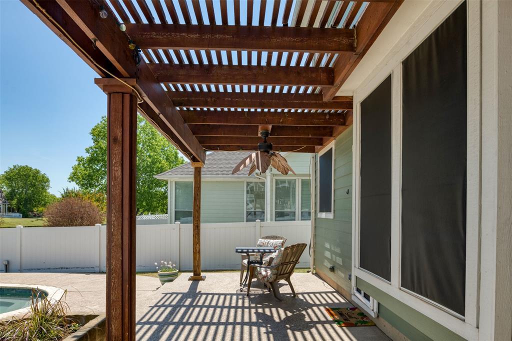 10237 Lakeview  Drive, Providence Village, Texas 76227 - acquisto real estate smartest realtor in america shana acquisto
