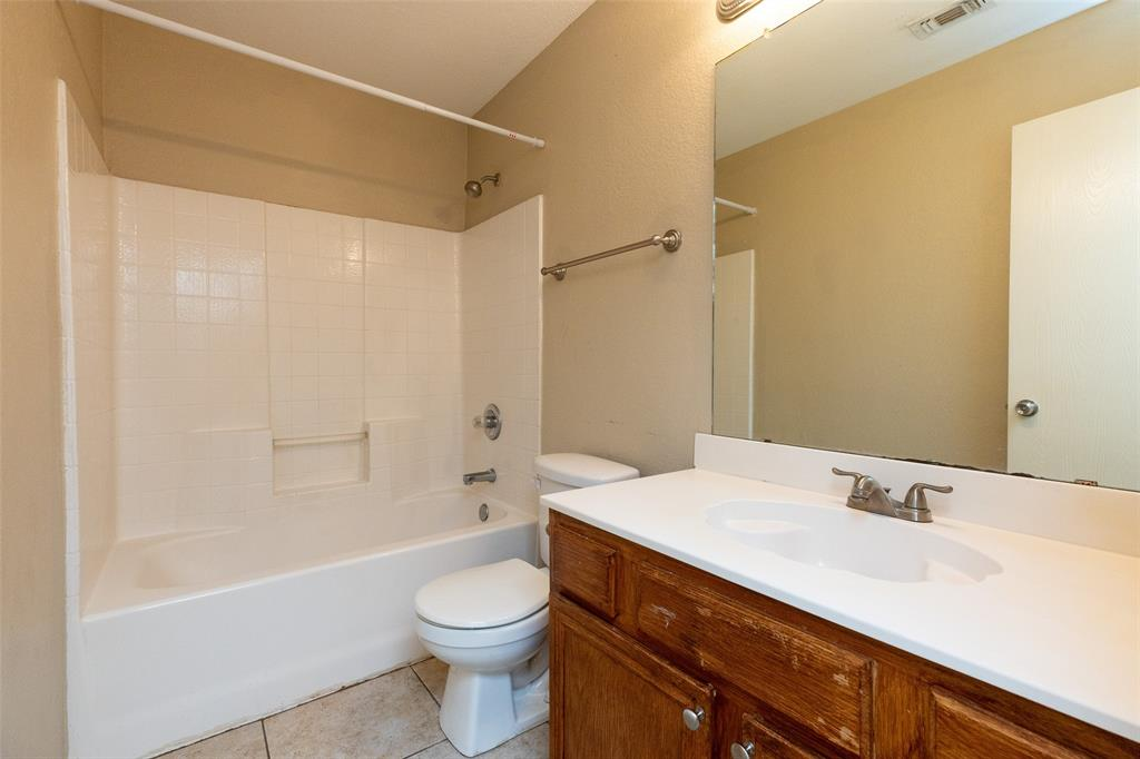 6209 Brookknoll  Drive, Arlington, Texas 76018 - acquisto real estate best investor home specialist mike shepherd relocation expert