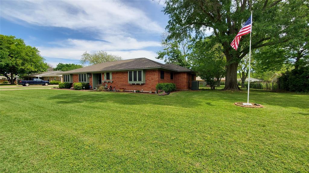3715 Beverly  Lane, Arlington, Texas 76015 - Acquisto Real Estate best frisco realtor Amy Gasperini 1031 exchange expert