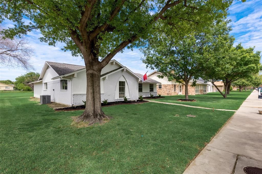 2205 Greenvalley  Drive, Carrollton, Texas 75007 - acquisto real estate best realtor dfw jody daley liberty high school realtor