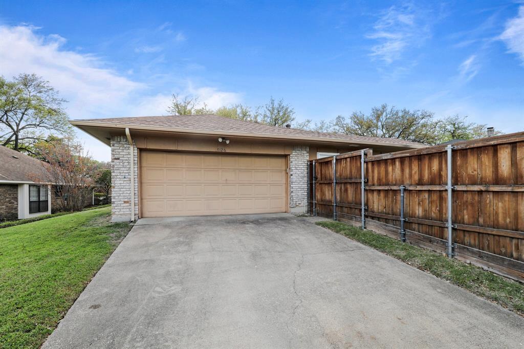 7126 Tabor  Drive, Dallas, Texas 75231 - acquisto real estate nicest realtor in america shana acquisto