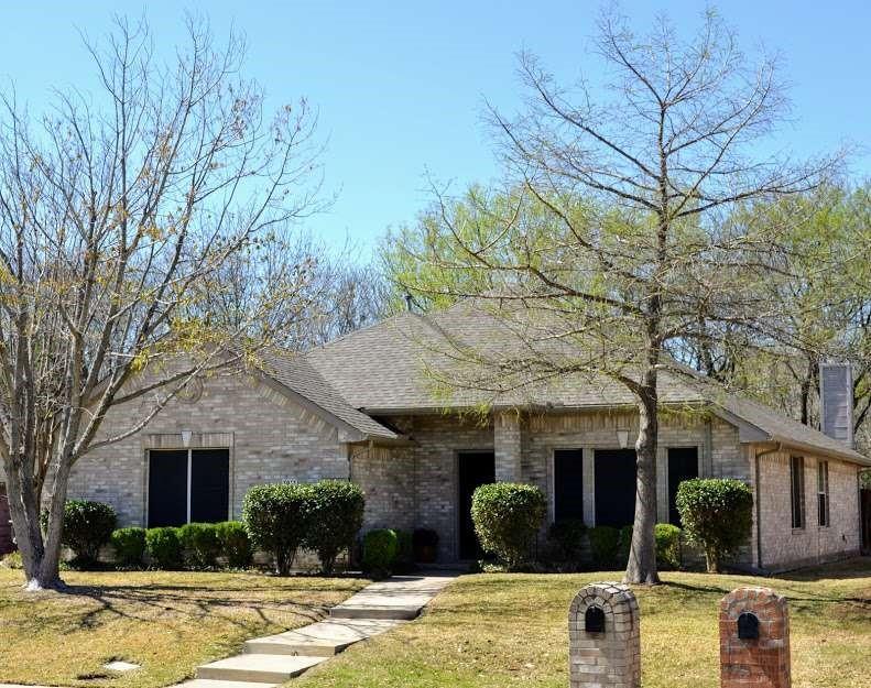 1911 Random Oaks  Drive, Rockwall, Texas 75087 - Acquisto Real Estate best frisco realtor Amy Gasperini 1031 exchange expert