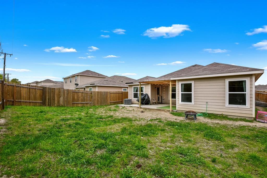 14261 Bridgeview  Lane, Dallas, Texas 75253 - acquisto real estate best photo company frisco 3d listings