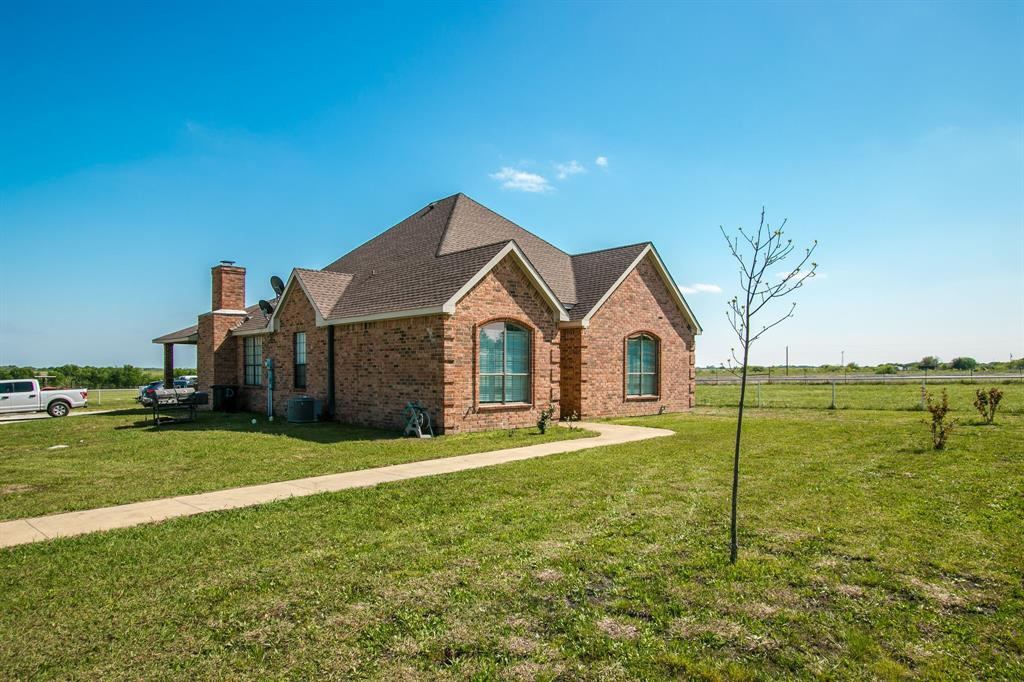 650 Fm 1182  Ennis, Texas 75119 - Acquisto Real Estate best plano realtor mike Shepherd home owners association expert