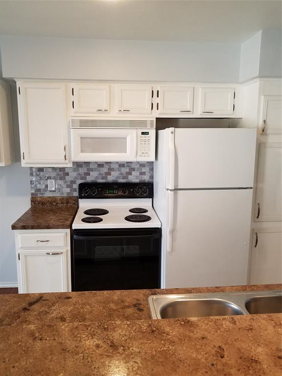 5722 Marvin Loving  Drive, Garland, Texas 75043 - acquisto real estate best luxury buyers agent in texas shana acquisto inheritance realtor