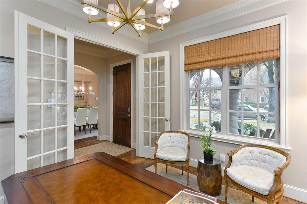 5226 Ridgedale  Avenue, Dallas, Texas 75206 - acquisto real estate best allen realtor kim miller hunters creek expert