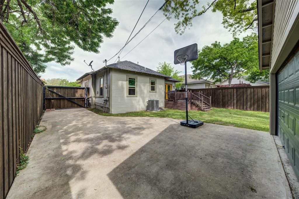 610 Clinton  Avenue, Dallas, Texas 75208 - acquisto real estate best negotiating realtor linda miller declutter realtor