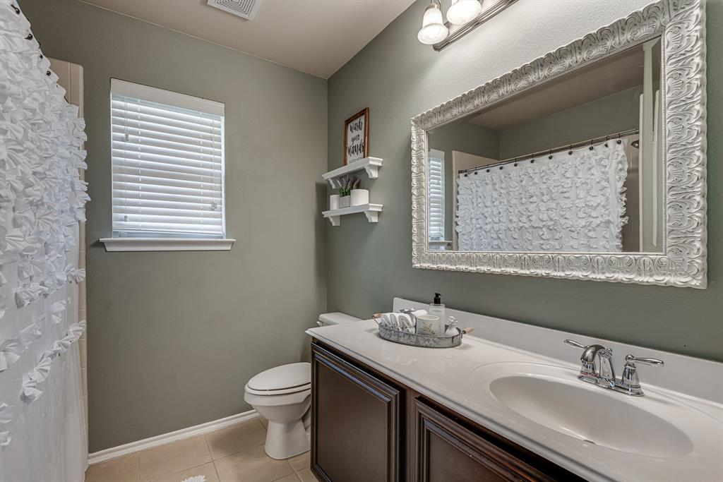 127 Sumac  Drive, Waxahachie, Texas 75165 - acquisto real estate best frisco real estate agent amy gasperini panther creek realtor