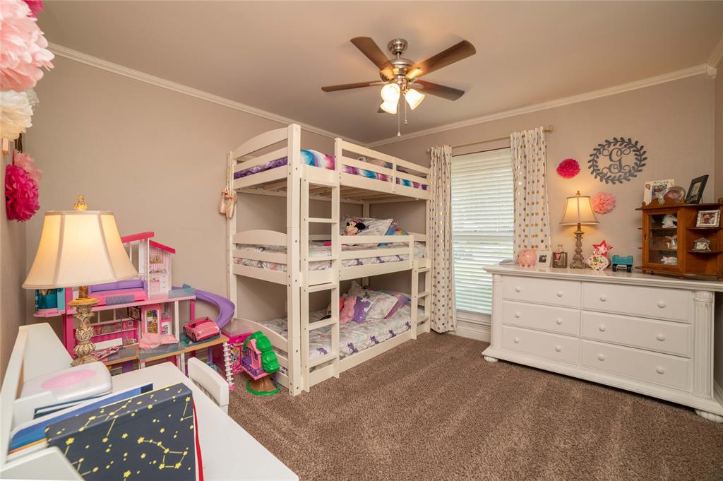 2426 Sherwood  Drive, Grand Prairie, Texas 75050 - acquisto real estate best plano real estate agent mike shepherd