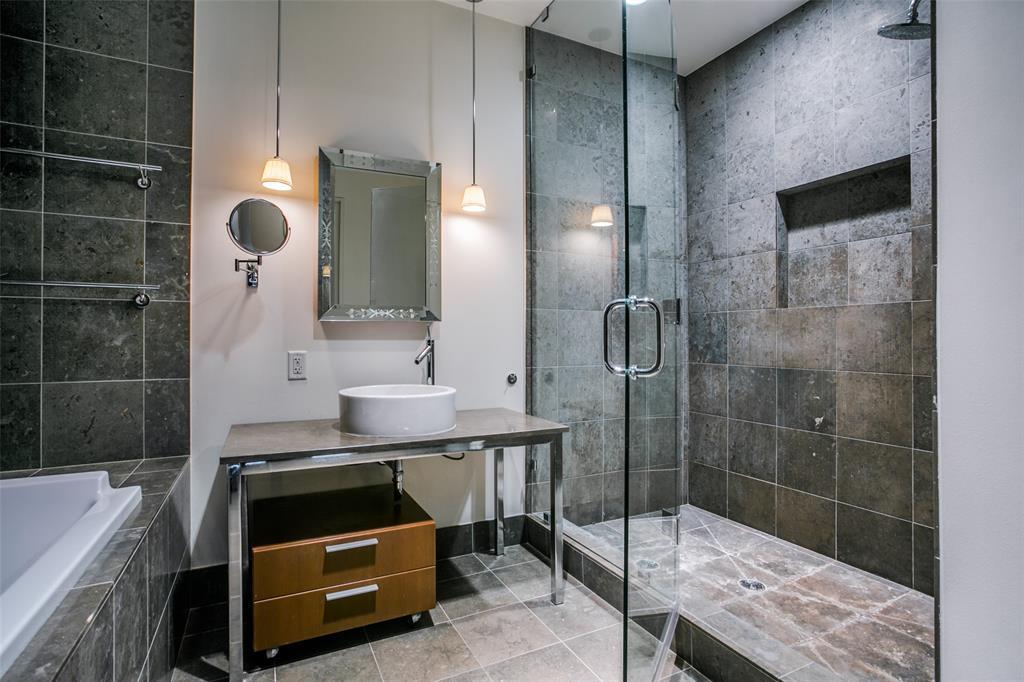 2200 Victory  Avenue, Dallas, Texas 75219 - acquisto real estate best designer and realtor hannah ewing kind realtor