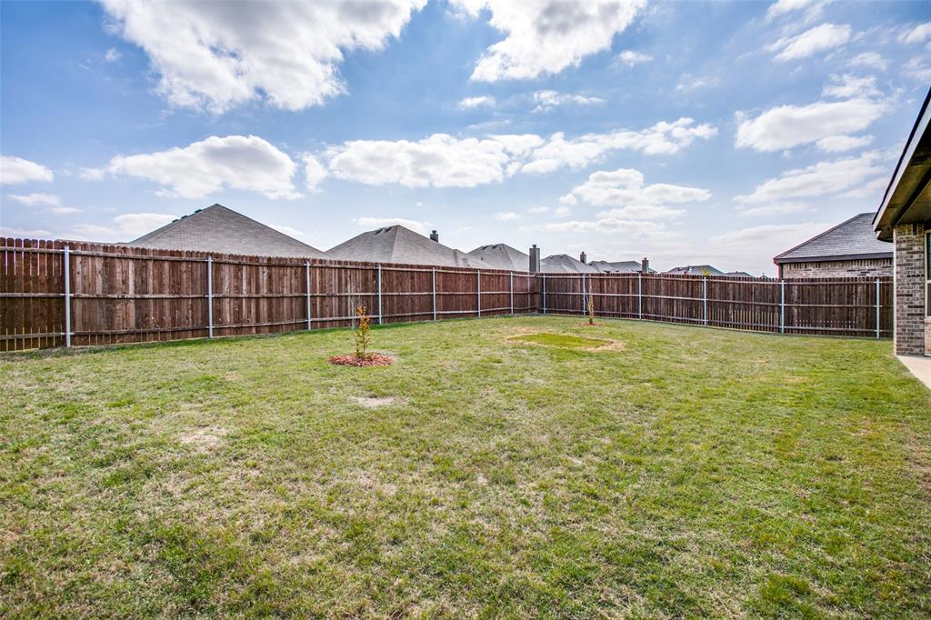 275 Ovaletta  Drive, Justin, Texas 76247 - acquisto real estate best frisco real estate agent amy gasperini panther creek realtor