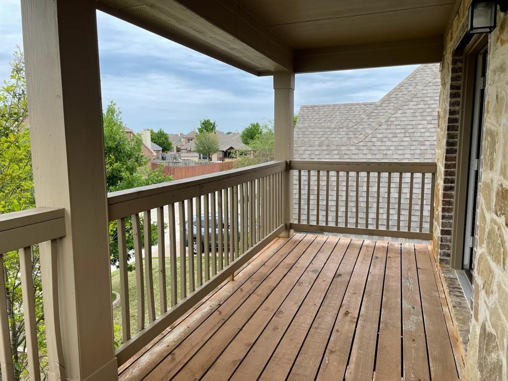 2724 Triangle Leaf  Drive, Fort Worth, Texas 76244 - acquisto real estate best negotiating realtor linda miller declutter realtor