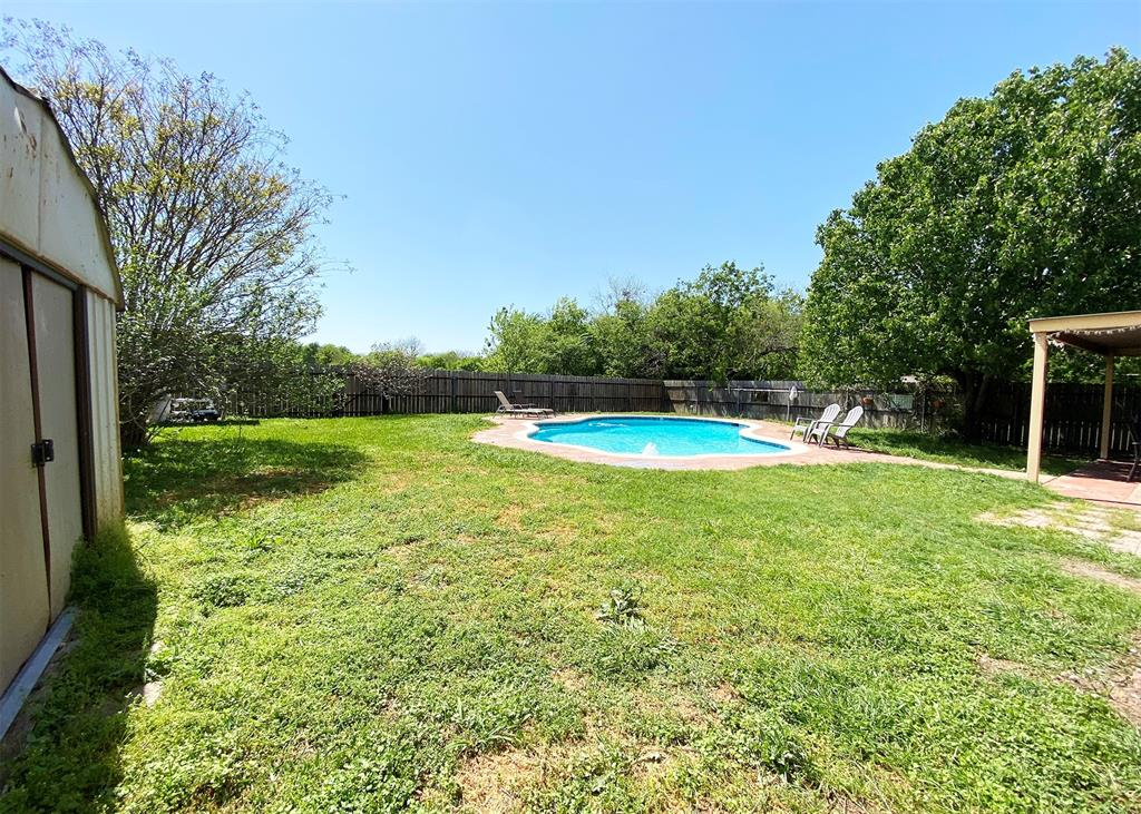 805 Elm  Street, Ennis, Texas 75119 - acquisto real estate best allen realtor kim miller hunters creek expert