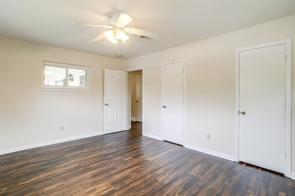 4001 Plantation  Drive, Benbrook, Texas 76116 - acquisto real estate best real estate company to work for