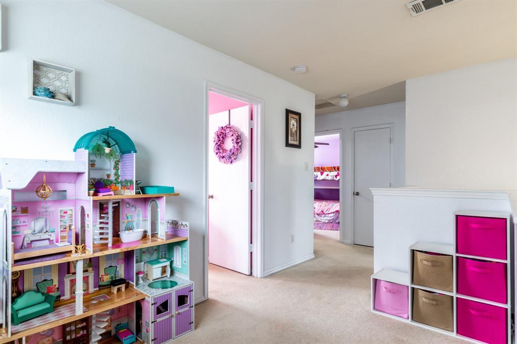 1824 Vineridge  Lane, Burleson, Texas 76028 - acquisto real estate best luxury buyers agent in texas shana acquisto inheritance realtor