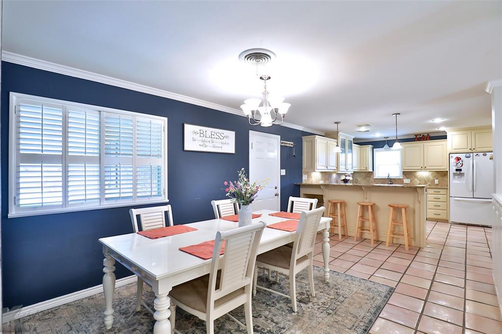 2215 Oakwood  Lane, Abilene, Texas 79605 - acquisto real estate best prosper realtor susan cancemi windfarms realtor
