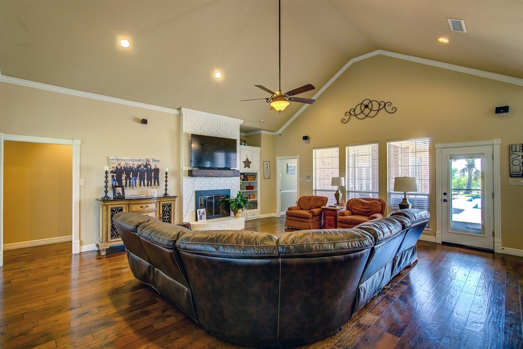 2202 White  Lane, Haslet, Texas 76052 - acquisto real estate best celina realtor logan lawrence best dressed realtor